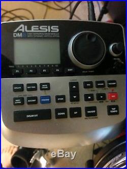 Alesis DM8 Pro Kit 8 piece electric drum set with p-902 double bass pedal