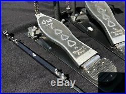 DW 7000 Double Bass Drum Kick Pedal