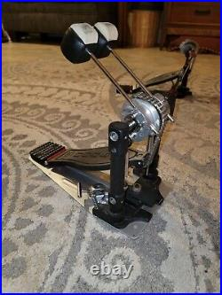 DW 9002 Double Bass Drum Pedal