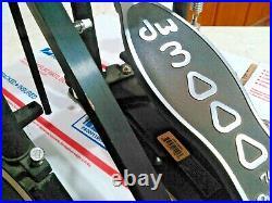 Drum Workshop 3000 Series Double Kick Bass Drum Pedal. DWCP3002. Works Great