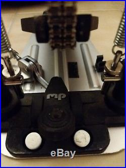 Dw 9000 double bass drum pedal/Newer change turbo to Accelerator 123