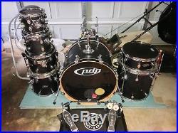 PDP FS SERIES 7 piece drum set with DW2000 double kick pedal