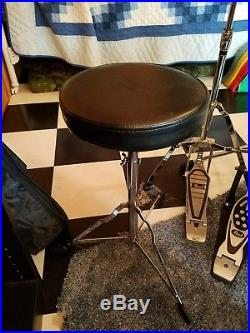 Pearl Forum drumset, Sabian cymbals, double pedal, hihat clutch, etc