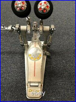 Pearl P3002c Demon Drive Chain Double Bass Drum Pedal / Demo Model Clearance Sal